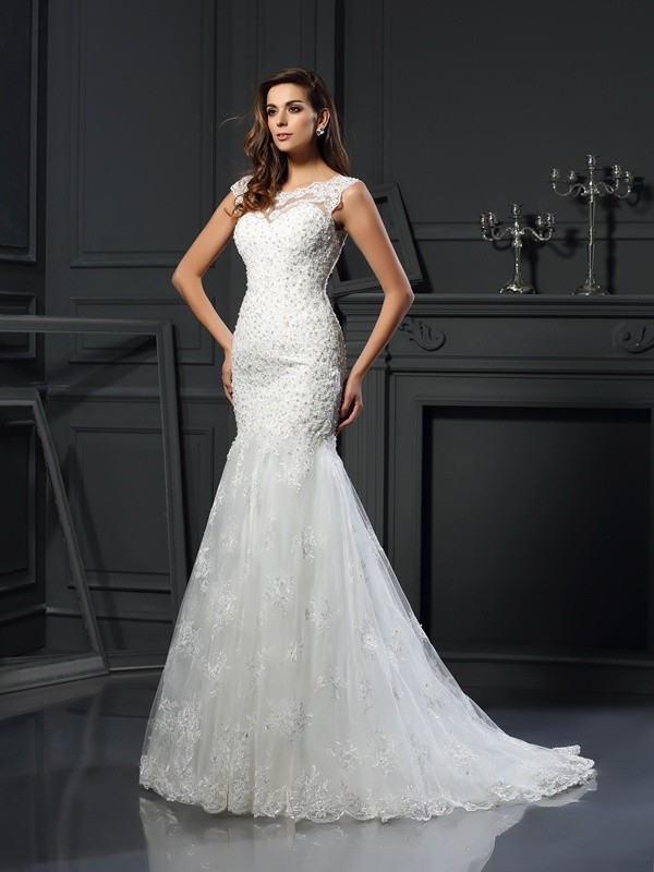 Chapel Train Trumpet/Mermaid Scoop Short Sleeves Applique Tulle Wedding Dresses