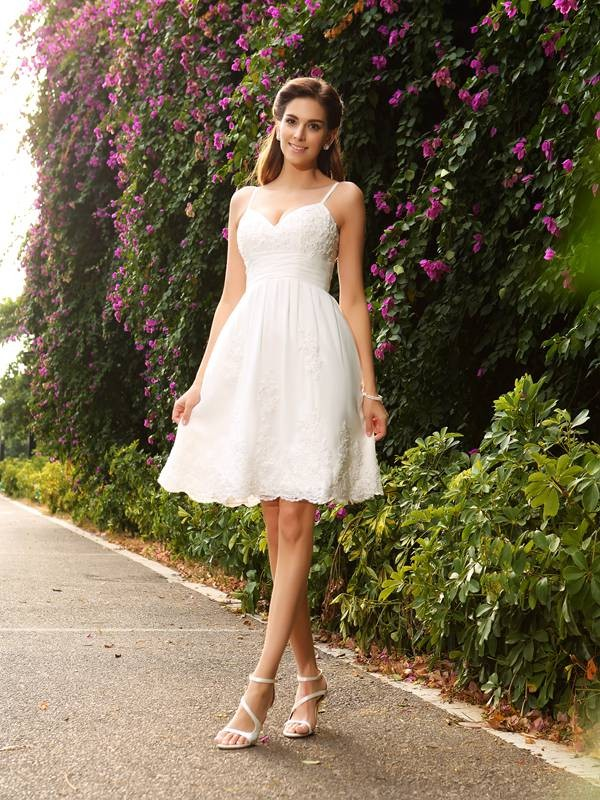 Knee-Length A-Line/Princess Spaghetti Straps Sleeveless Applique Lace Wedding Dresses