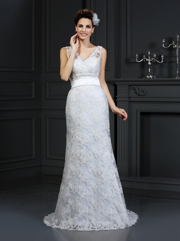 Chapel Train Trumpet/Mermaid Sweetheart Sleeveless Applique Lace Wedding Dresses