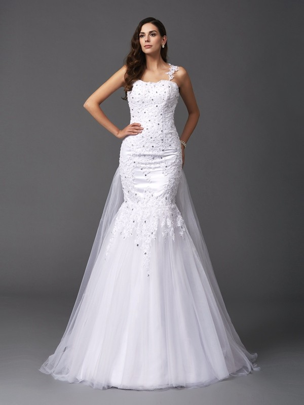 Sweep/Brush Train Trumpet/Mermaid Straps Sleeveless Beading Net Wedding Dresses