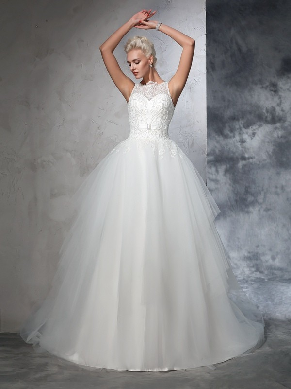 Chapel Train Ball Gown Bateau Sleeveless Applique Net Wedding Dresses
