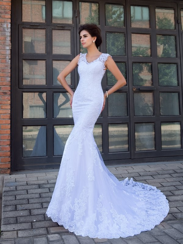 Chapel Train Trumpet/Mermaid V-neck Sleeveless Applique Satin Wedding Dresses