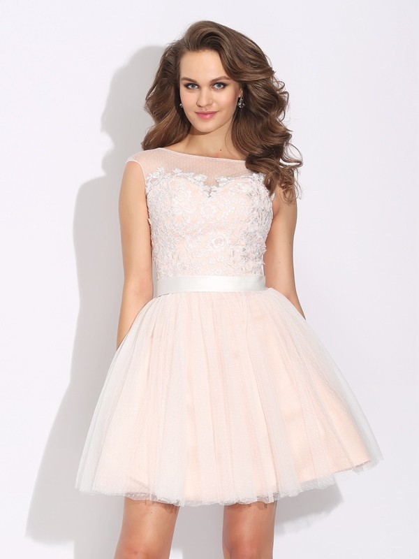 Short/Mini A-Line/Princess Bateau Short Sleeves Ruffles Net Dresses