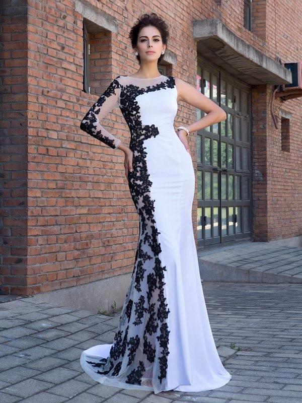 Sweep/Brush Train Trumpet/Mermaid Scoop Long Sleeves Applique Chiffon Dresses