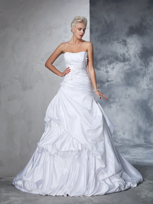 Chapel Train Ball Gown Strapless Sleeveless Applique Satin Wedding Dresses