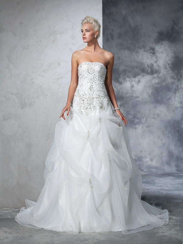 Chapel Train Ball Gown Strapless Sleeveless Beading Tulle Wedding Dresses
