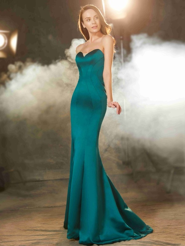 Sweep/Brush Train Trumpet/Mermaid Sweetheart Sleeveless Ruched Satin Dresses