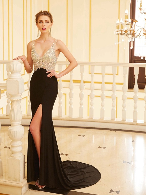 Sweep/Brush Train Sheath/Column V-neck Sleeveless Beading Spandex Dresses