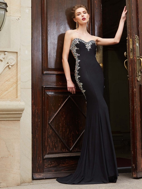 Sweep/Brush Train Sheath/Column Sweetheart Sleeveless Sequin Spandex Dresses