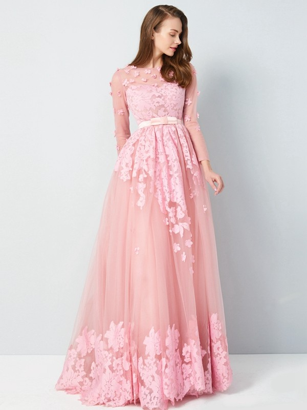 Floor-Length A-Line/Princess Scoop 3/4 Sleeves Applique Tulle Dresses
