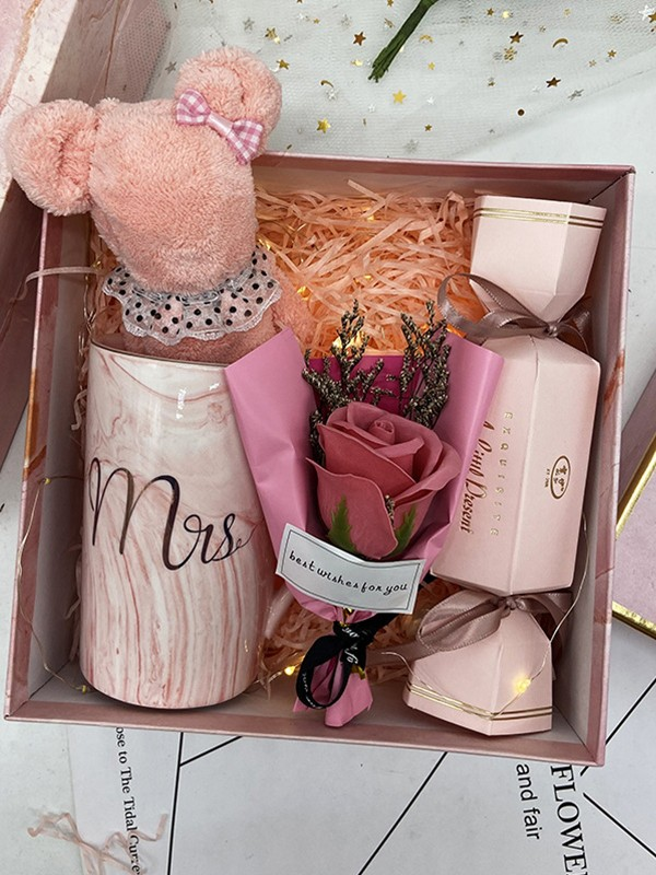 Fancy Wedding Gift Box For Bridesmaid
