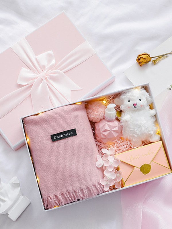 Exquisite Wedding Gift Box For Bridesmaid