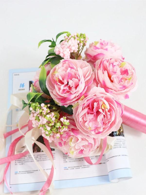 Beautiful Round Silk Flower Bridal Bouquets
