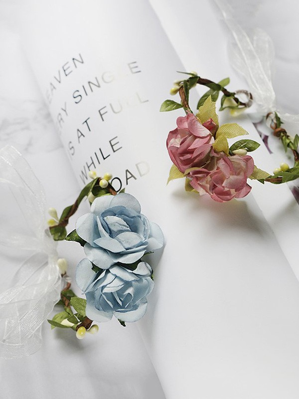 Simple Paper Wrist Corsage