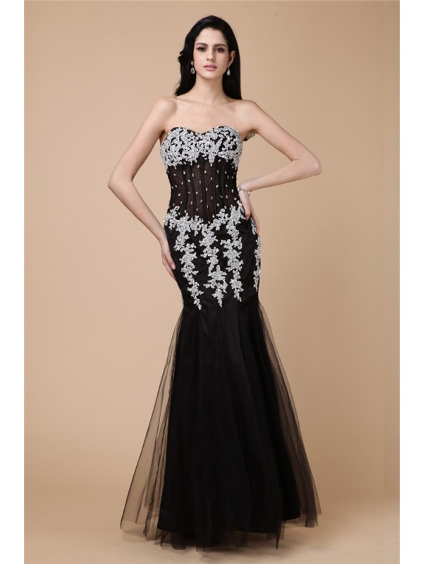 Floor-Length Trumpet/Mermaid Sweetheart Sleeveless Beading Satin Dresses