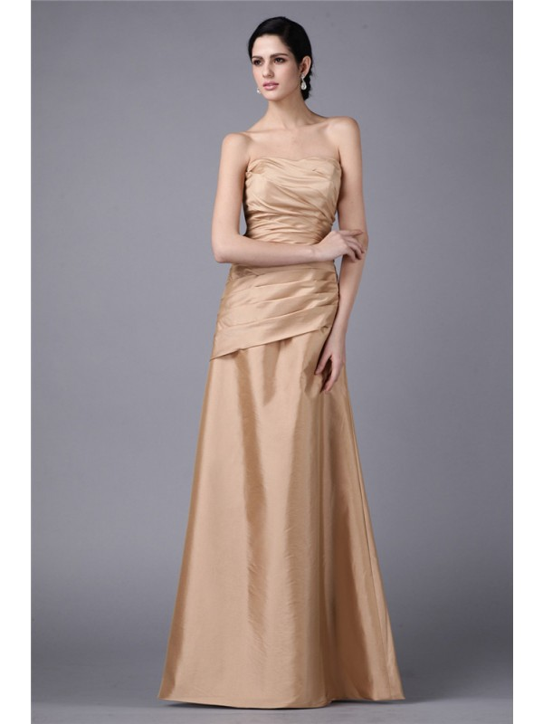 Floor-Length Sheath/Column Strapless Sleeveless Pleats Taffeta Dresses