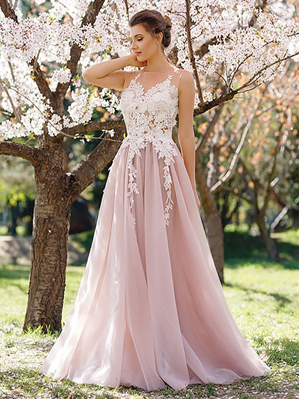 Floor-Length A-Line/Princess Jewel Sleeveless Applique Tulle Dresses