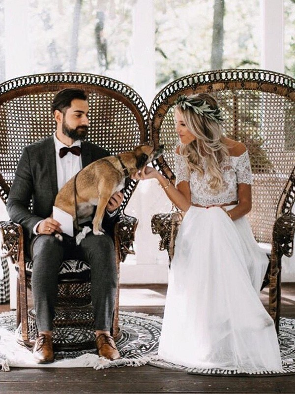 Floor-Length A-Line/Princess 1/2 Sleeves Off-the-Shoulder Tulle Wedding Dresses