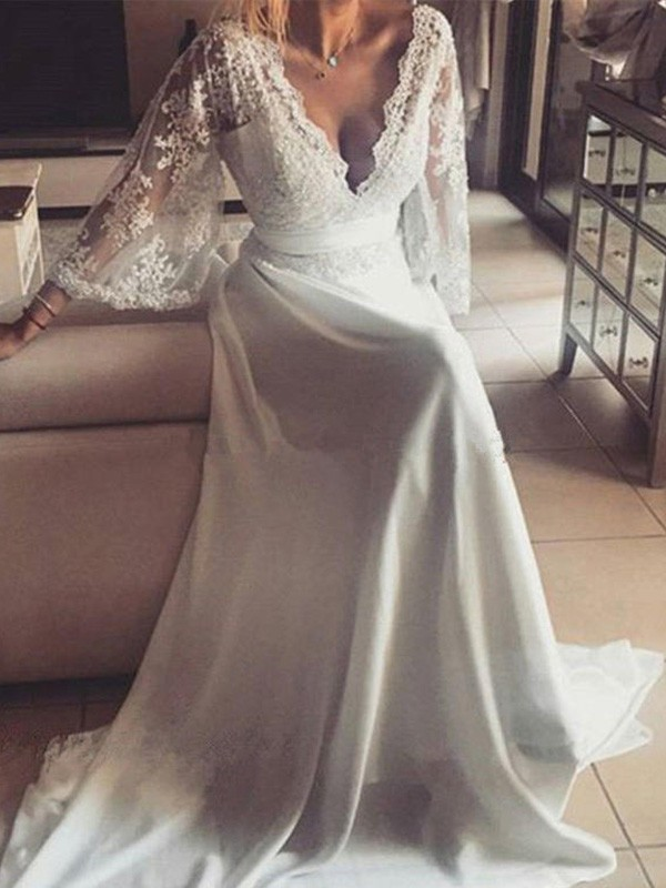 Court Train A-Line/Princess Long Sleeves V-neck Lace Wedding Dresses