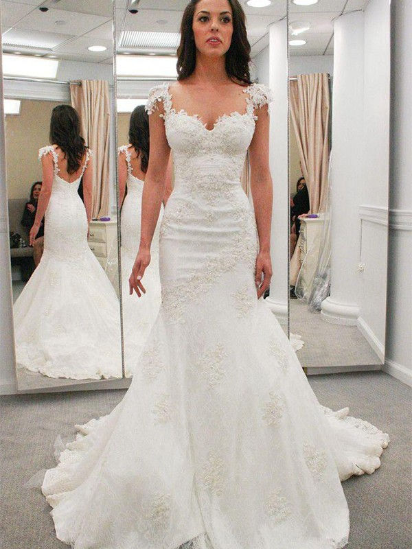 Chapel Train Trumpet/Mermaid Short Sleeves Sweetheart Lace Wedding Dresses