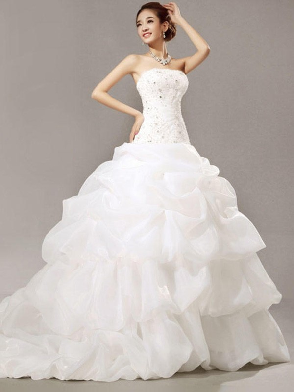 Cathedral Train Ball Gown Sleeveless Strapless Organza Wedding Dresses