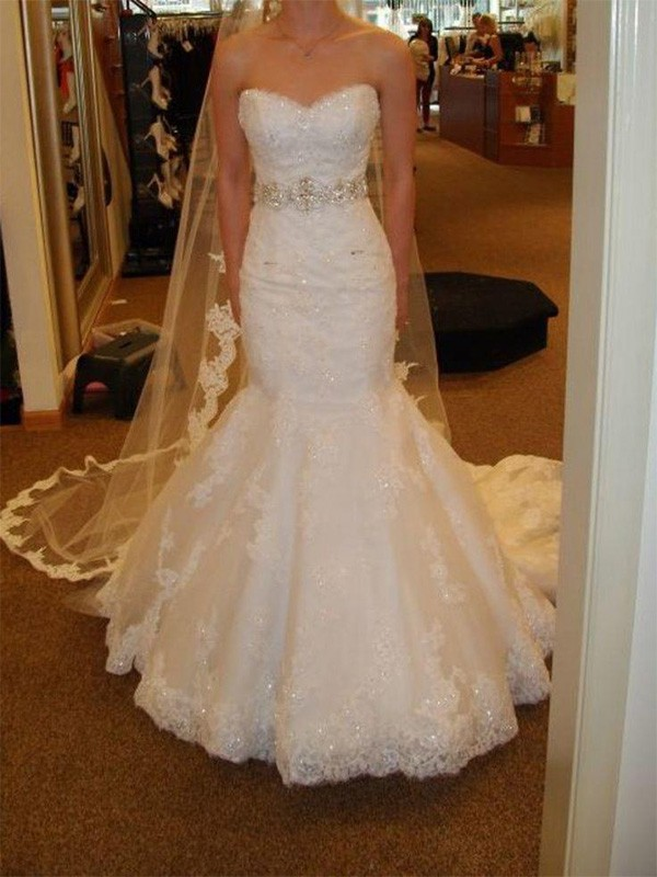 Court Train Trumpet/Mermaid Sleeveless Sweetheart Tulle Wedding Dresses