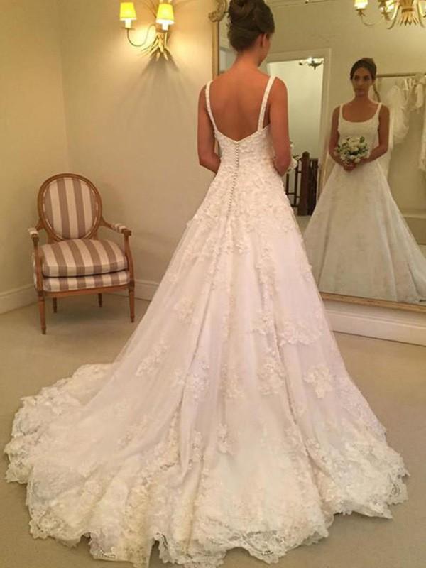 Court Train A-Line/Princess Sleeveless Square Lace Wedding Dresses