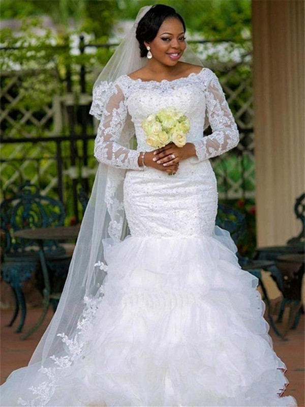 Chapel Train Ball Gown Scoop Tulle Wedding Dresses