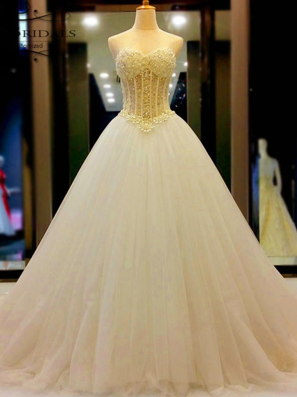 Court Train Ball Gown Sweetheart Tulle Wedding Dresses