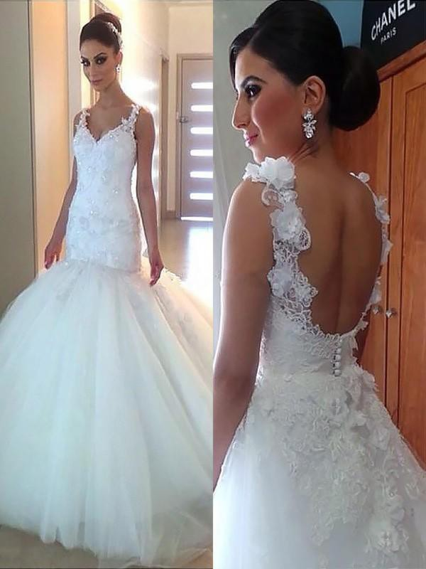 Court Train Trumpet/Mermaid V-neck Tulle Wedding Dresses