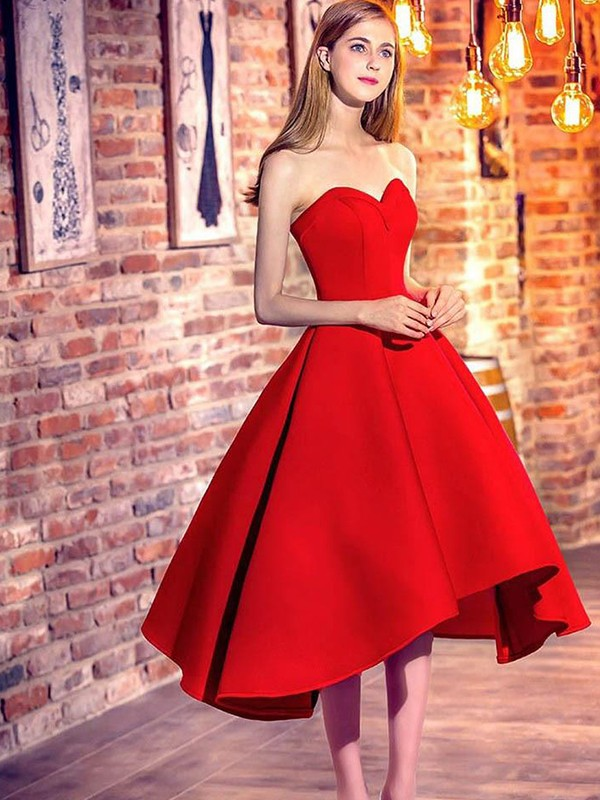 Short/Mini A-Line/Princess Sleeveless Sweetheart Satin Dresses