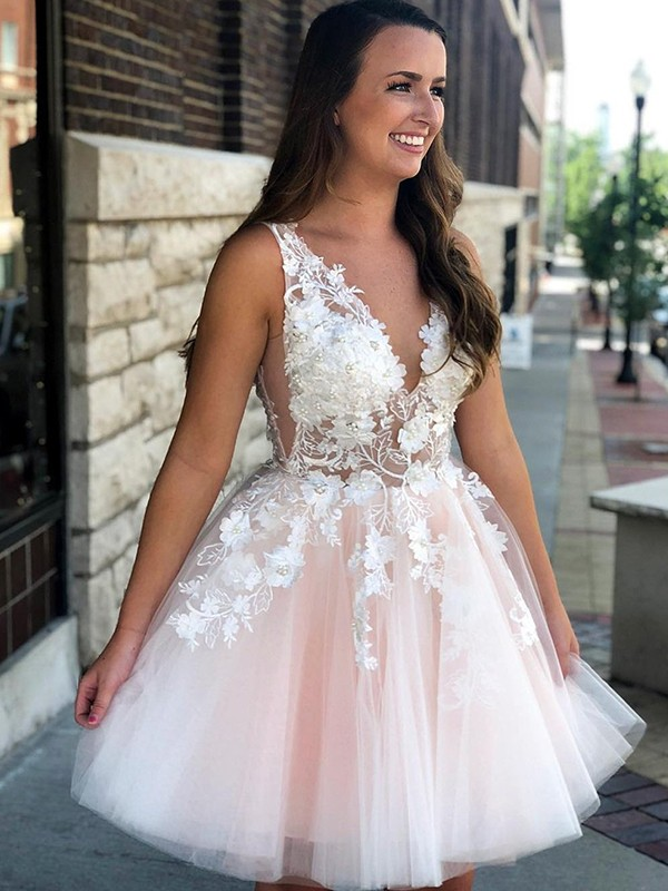 Short/Mini A-Line/Princess V-neck Sleeveless Tulle Homecoming Dress