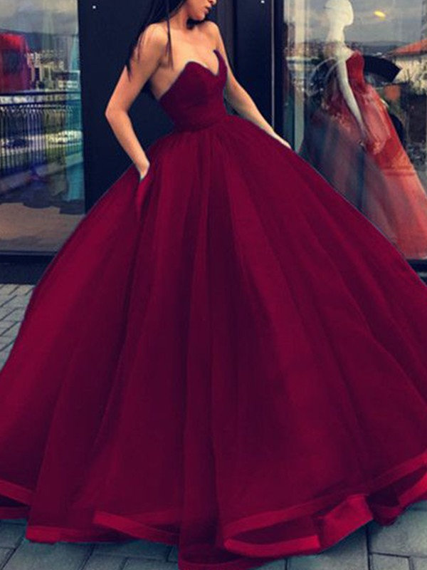 Floor-Length Ball Gown Sweetheart Sleeveless Organza Dresses