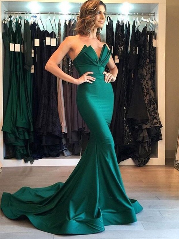 Court Train Trumpet/Mermaid V-neck Sleeveless Satin Dresses
