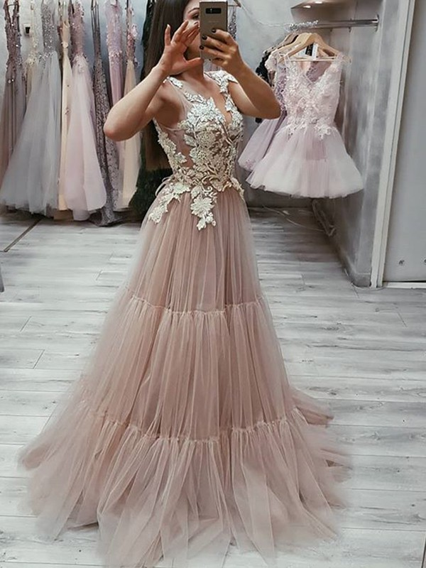 Sweep/Brush Train A-Line/Princess V-neck Sleeveless Tulle Dresses