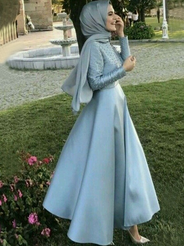 Floor-Length A-Line/Princess Scoop Long Sleeves Satin Dresses