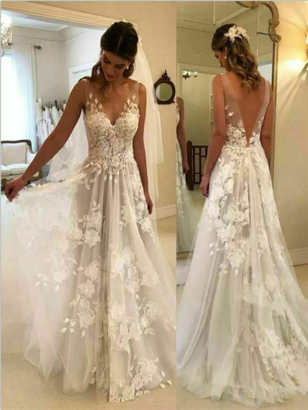 Sweep/Brush Train A-Line/Princess V-neck Sleeveless Tulle Wedding Dresses