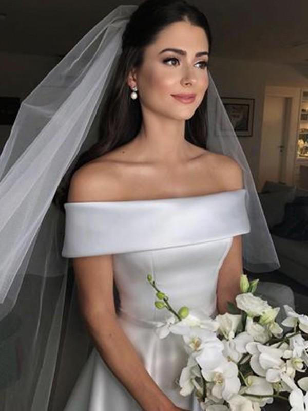 Sweep/Brush Train A-Line/Princess Off-the-Shoulder Sleeveless Satin Wedding Dresses