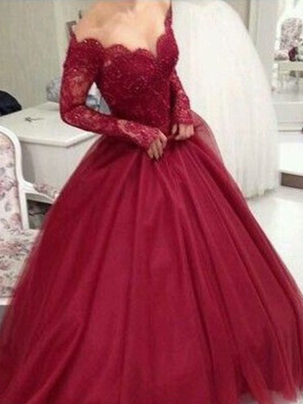 Floor-Length Ball Gown V-neck Long Sleeves Tulle Dresses