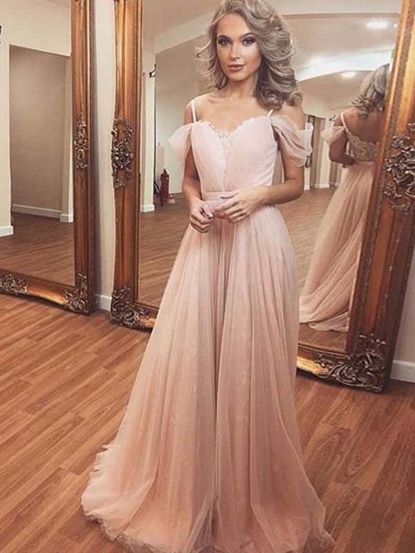 Sweep/Brush Train A-Line/Princess Off-the-Shoulder Sleeveless Tulle Dresses