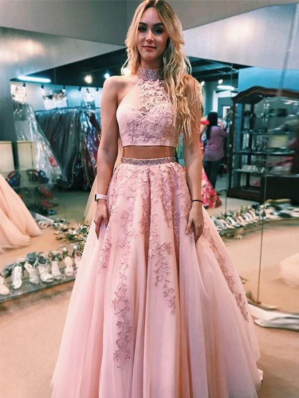 Floor-Length A-Line/Princess Halter Sleeveless Tulle Dresses