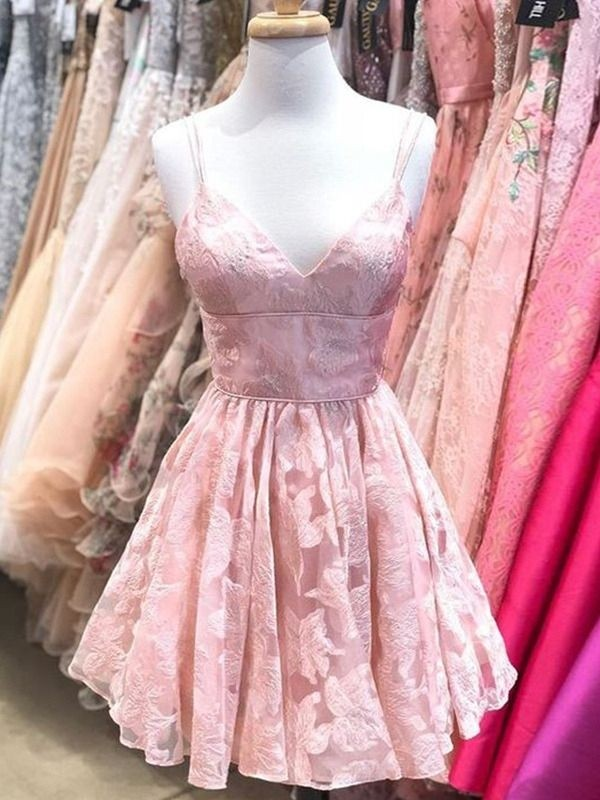 A-Line/Princess Spaghetti Straps Sleeveless Lace Ruffles Short/Mini Homecoming Dresses