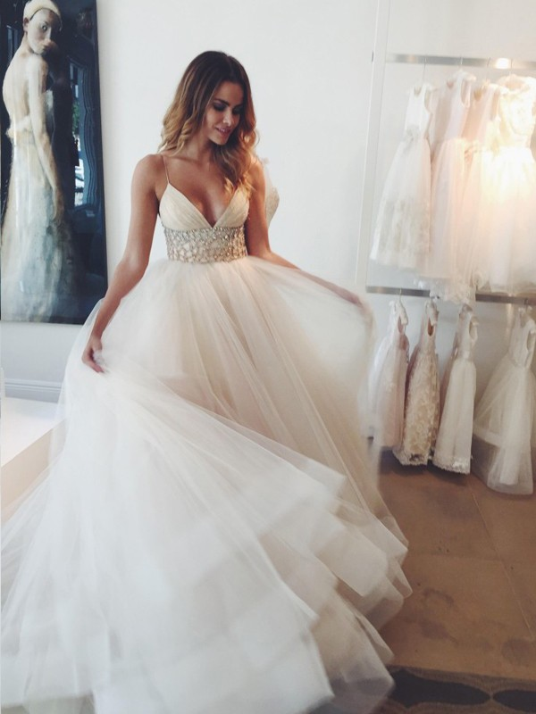 Court Train Ball Gown Spaghetti Straps Sleeveless Crystal Tulle Wedding Dresses
