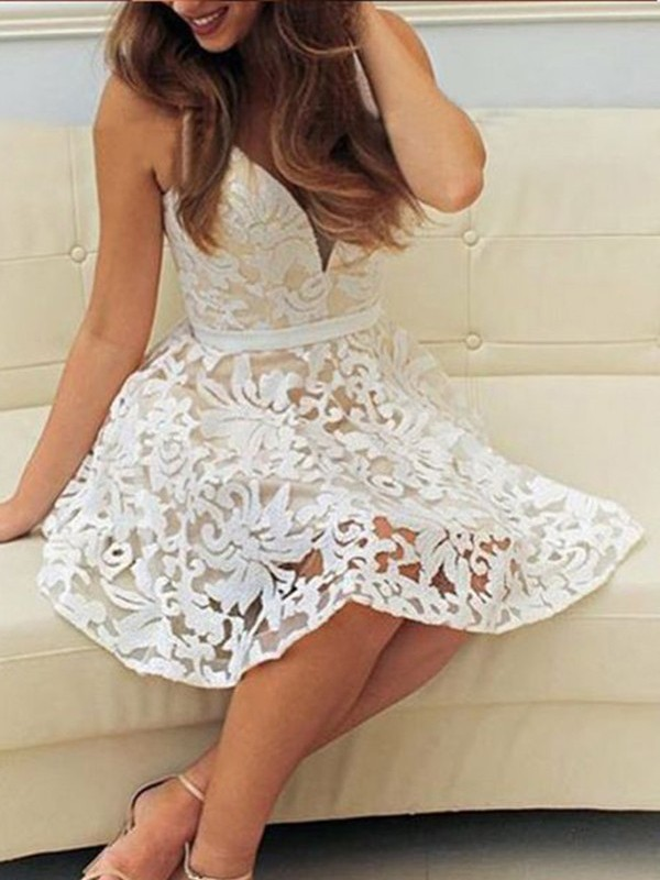 Short/Mini A-Line/Princess V-neck Sleeveless Lace Dresses