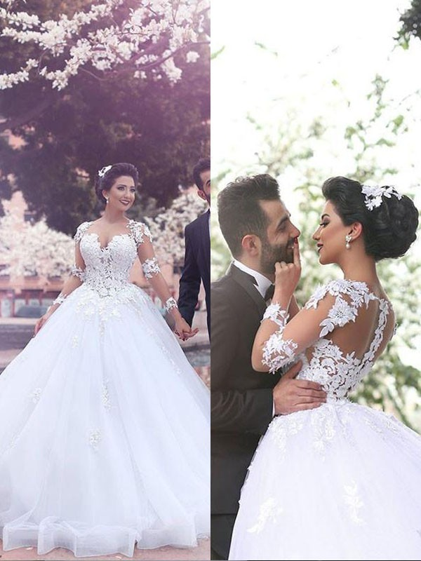 Court Train Ball Gown Long Sleeves Sweetheart Tulle Wedding Dresses