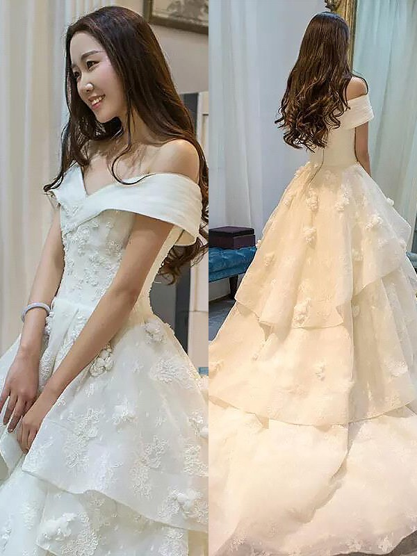 Court Train Ball Gown Sleeveless Off-the-Shoulder Tulle Wedding Dresses