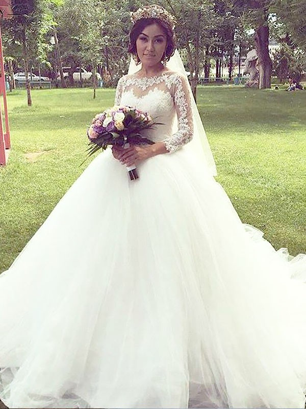 Court Train Ball Gown Long Sleeves Bateau Tulle Wedding Dresses