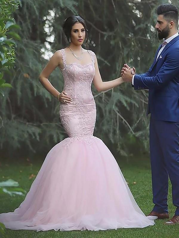 Sweep/Brush Train Trumpet/Mermaid Sleeveless Straps Tulle Wedding Dresses
