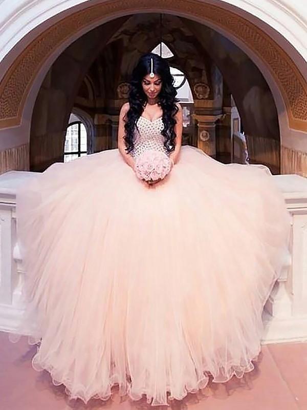 Sweep/Brush Train Ball Gown Sleeveless Sweetheart Tulle Wedding Dresses