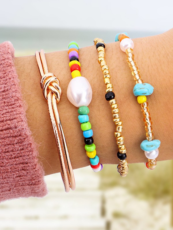 Pretty Pearl With Alloy Hot Sale Bracelets(4 Pieces)